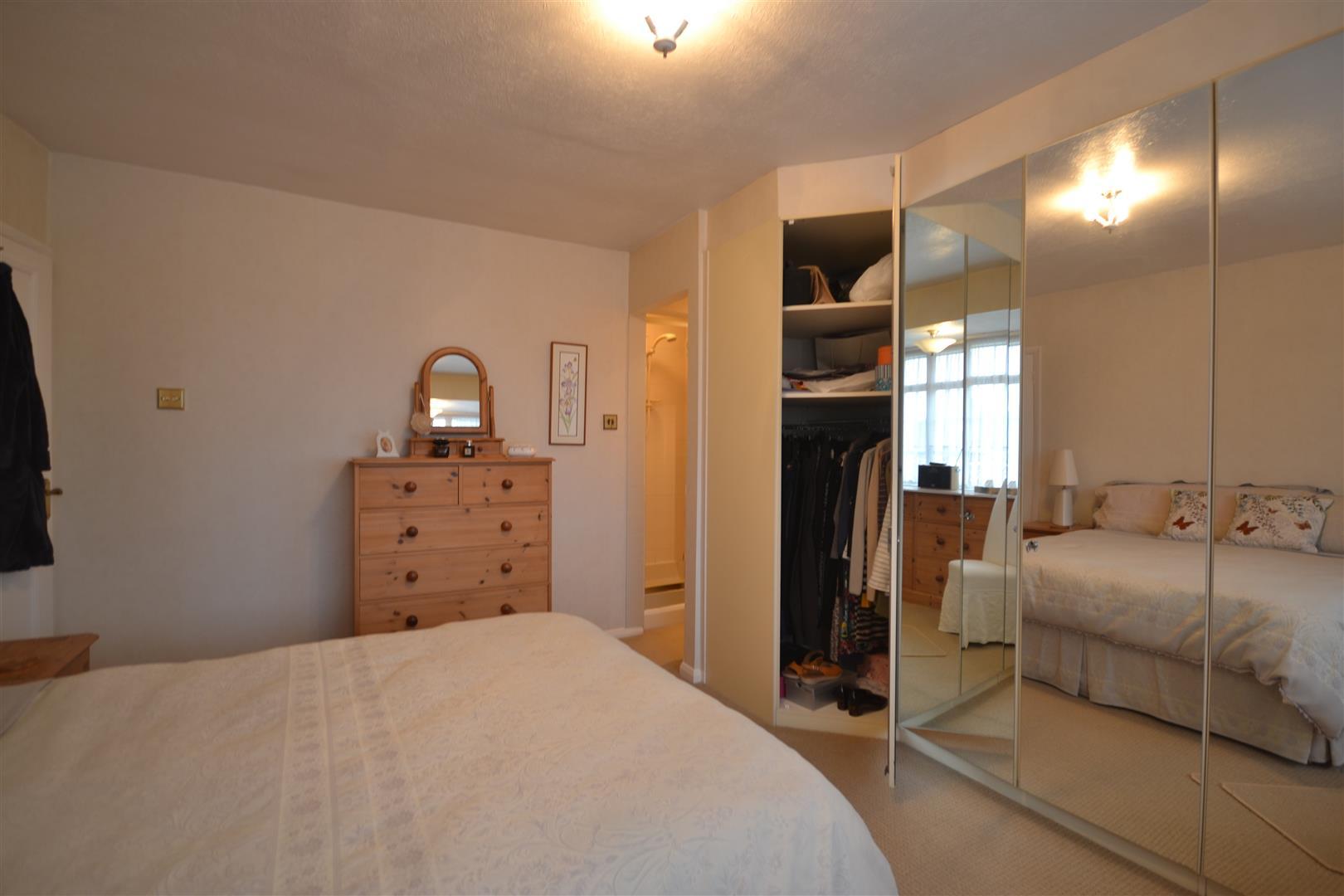 BED 1 ALT 2.jpg